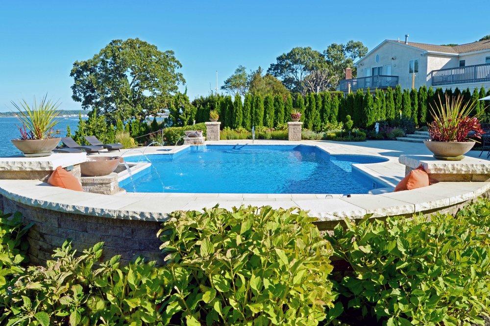Bayville, NY swimming pool patio