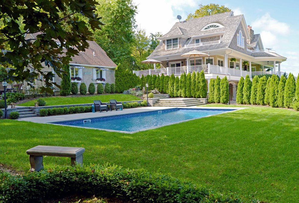 Northport, NY modern patio and swimming pool