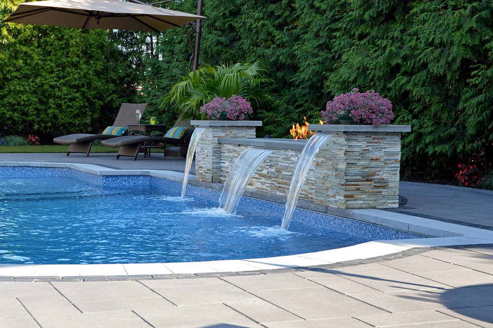 4 Soothing Backyard Water Feature Designs For Massapequa, NY