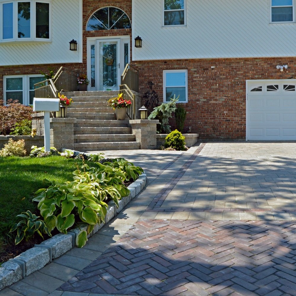 ELEGANT CURB APPEAL - BETHPAGE, NY