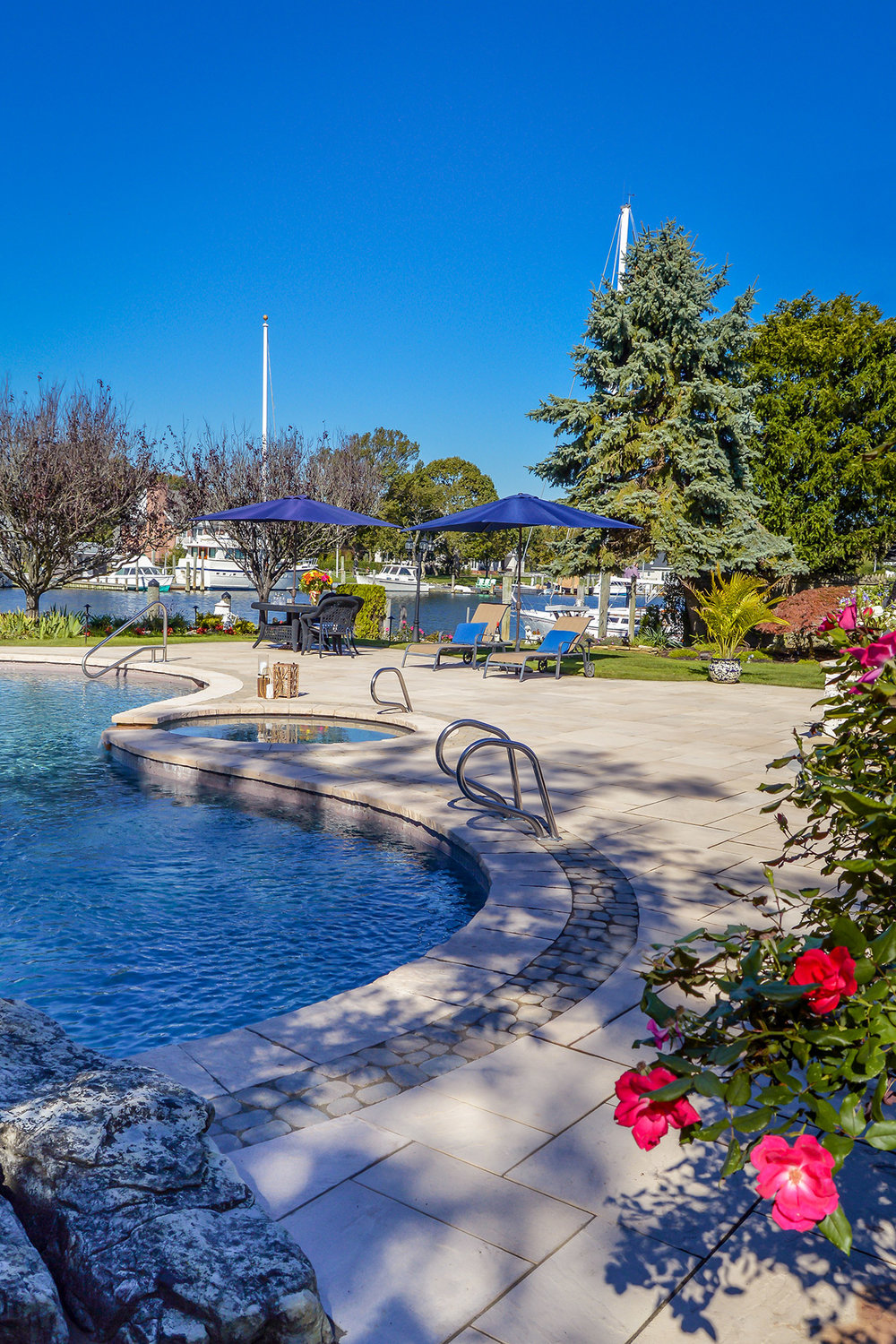 Landscape architecture with pools in Hicksville, NY