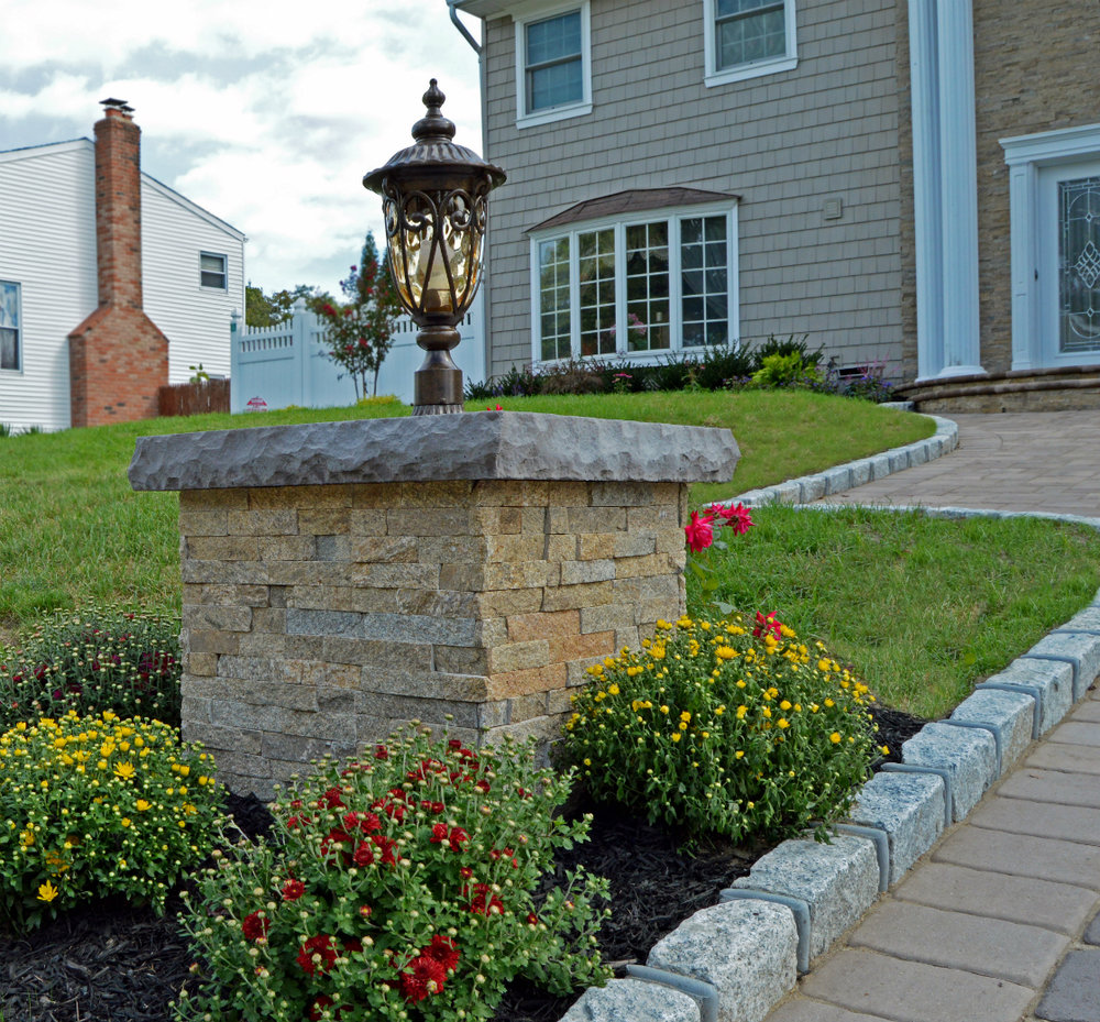 Landscape Lighting Trends for 2018 in Bethpage, NY
