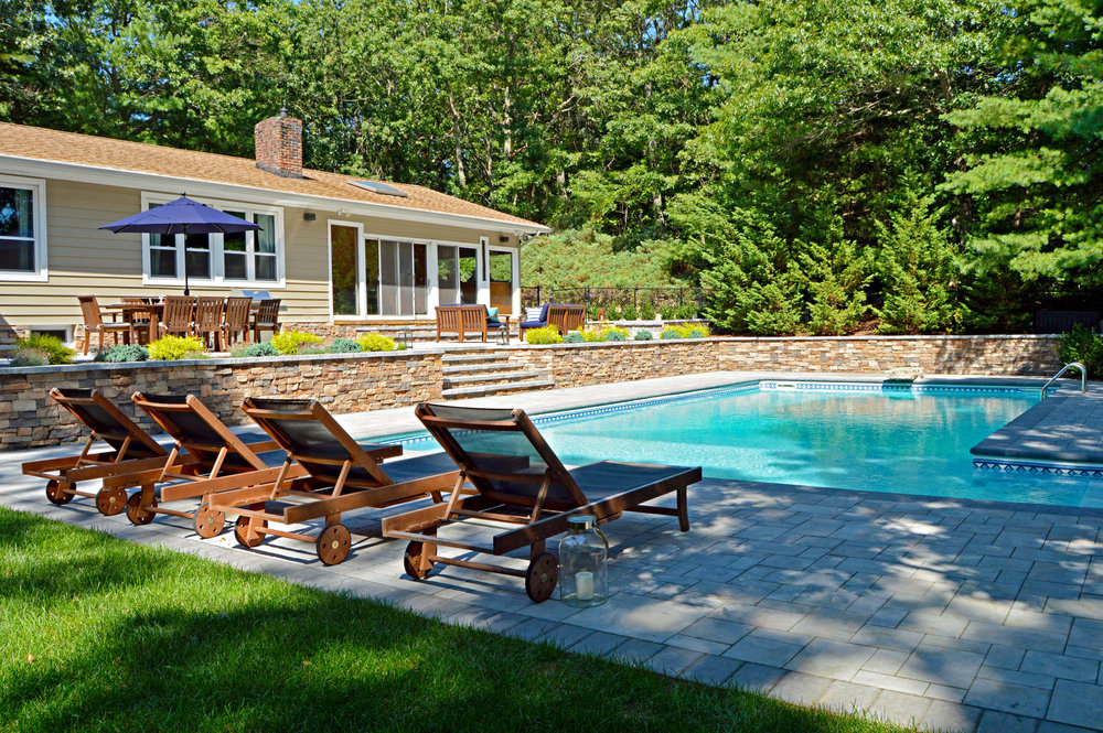 Hicksville, New York landscape company with quality landscape architecture, patios and swimming pool design