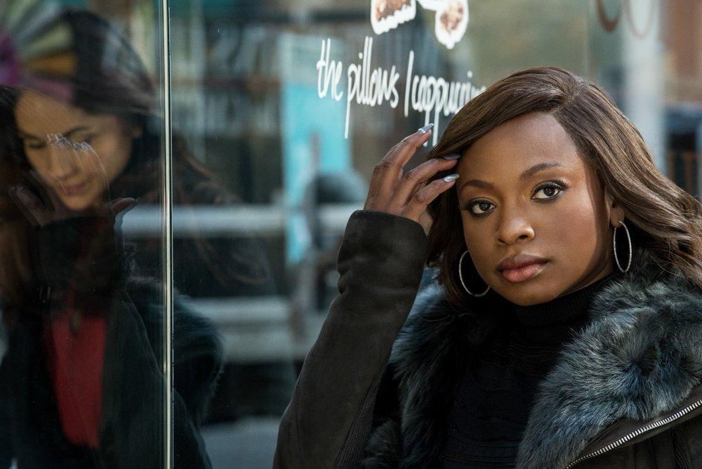 Lela Loren (Angela Valdes) and Naturi Naughton (Tasha St. Patrick) in Power (image courtesy of Starz)