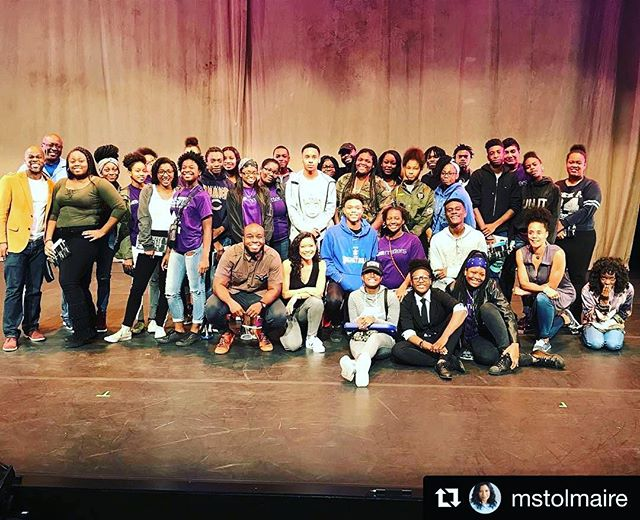 so excited we got to experience this amazing piece of performing arts! #Repost @mstolmaire ・・・ Our closing /peh-LO-tah/ matinee at MCA with the Chi-Town Champions, a gymnastics and leadership program on the south side lead by my gymnastics teacher from Sammy Dyer Coach Roger Franklin! So glad they came! Best audience ever! #chitownchampions #chicago #southside #pehlotah #blackjoy #blacklove #photography #thewell #thewellofflife #director #producer #costumedesigner #artist #actor #creatives #writer #videographer #DP #literature #performingarts