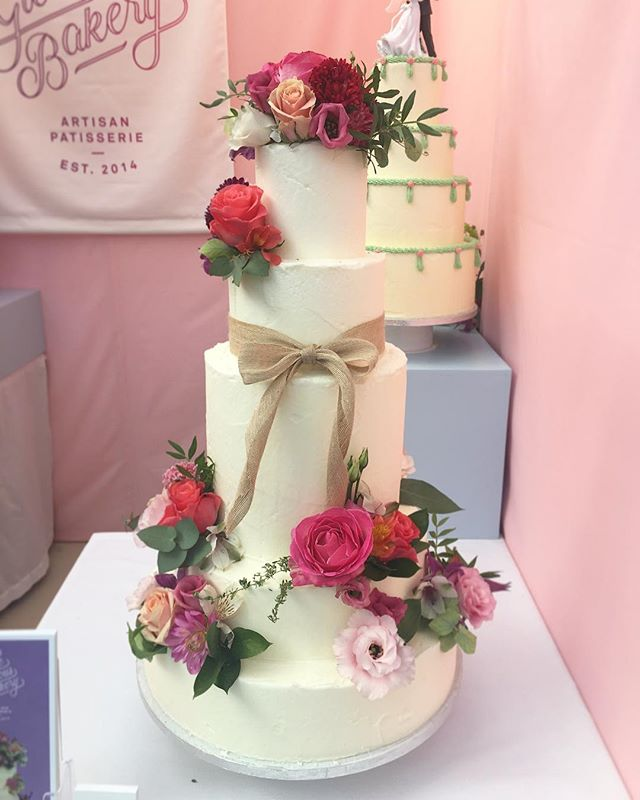 Final day @thenationalweddingshow thank you to everyone who's come by so far 💕💕💕 #tnws