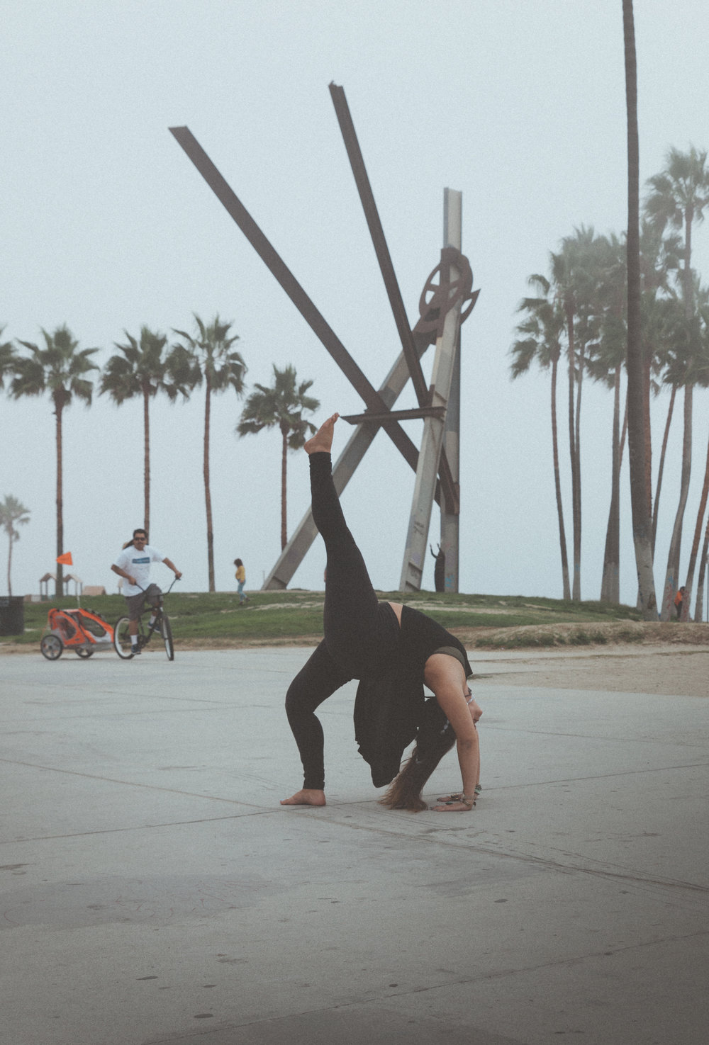 Wheel: One legged variation in Venice Beach