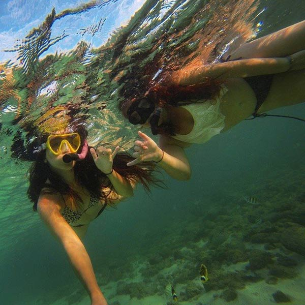 Having a great time snorkeling with an old friend.