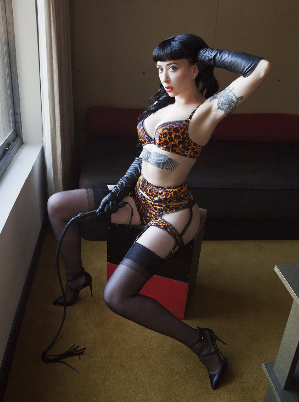 Mistress Ramona Ryder San Francisco Oakland Elite Upscale Exclusive Kink Fetish Escort Dominatrix