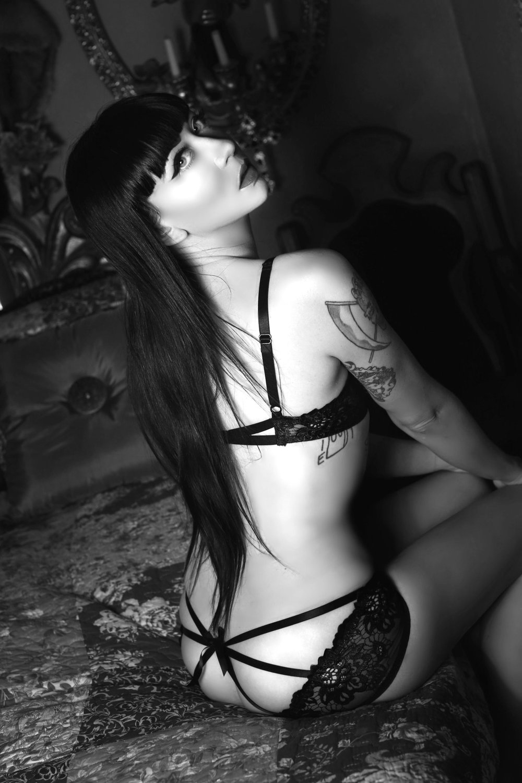 Mistress_Ramona_Ryder_SF_Mistress_Escort_Dominatrix_Greek_Goddess.jpg