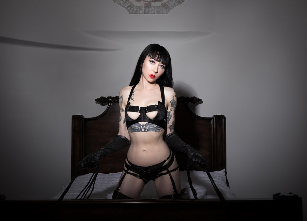Mistress_Ramona_Ryder_SF_San_Francisco_Escort_Dominatrix_Domme_Goth_Punk_Tattooed_PinUp.jpg