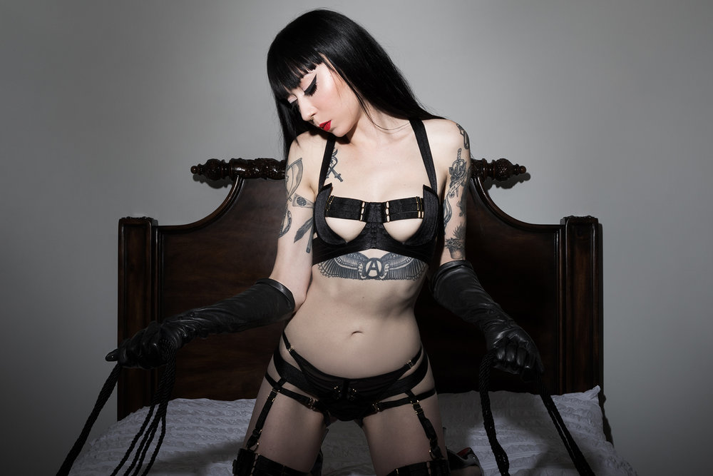 Mistress_Ramona_Ryder_SF_San_Francisco_Escort_Dominatrix_Domme_Leather_Gloves_Bordelle_Lingerie_Goth_Punk.jpg