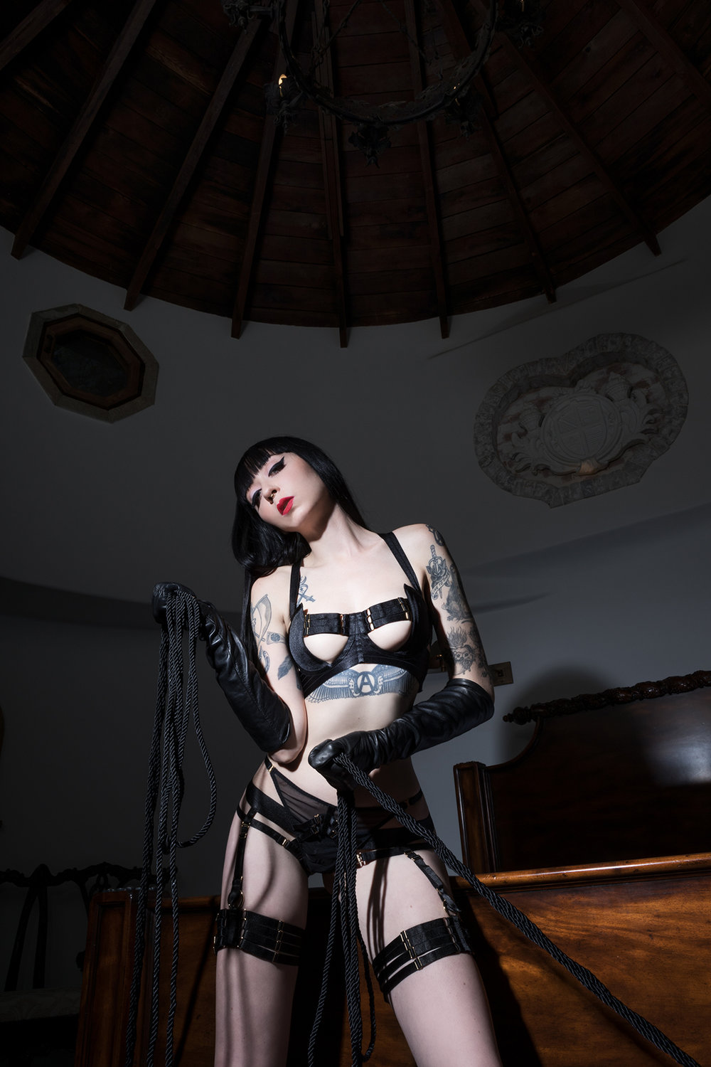 Mistress_Ramona_Ryder_SF_San_Francisco_Escort_Dominatrix_Domme_Rope_Master_Expert_Trample_Luxury.jpg