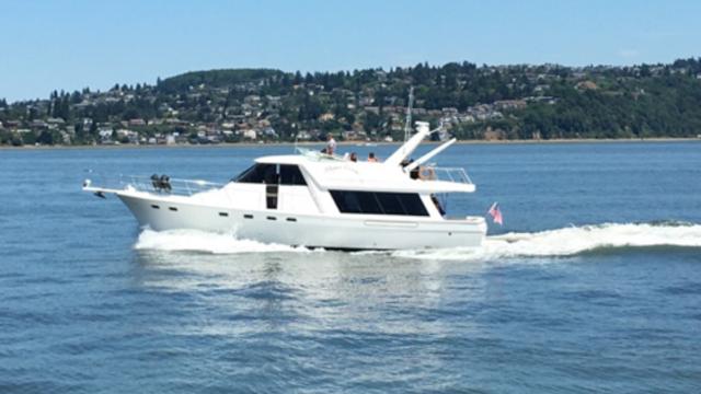 Side_boat.jpg