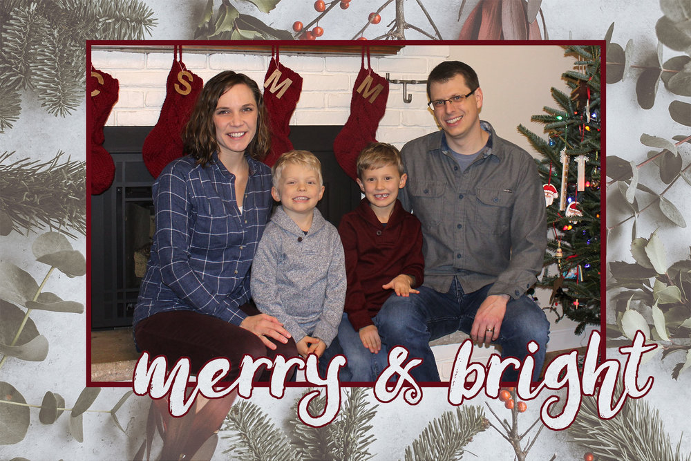 2018ChristmasCard-Web.jpg