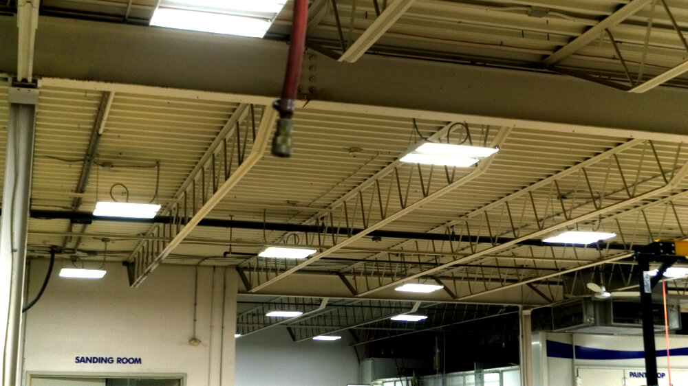 products-interior-led-highbay-linear-sanding-room.jpg