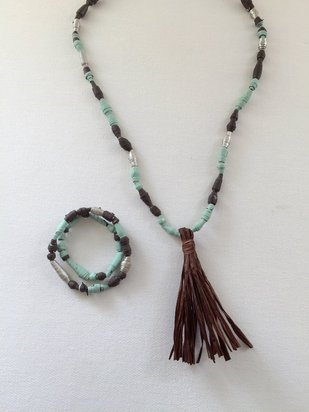 Bracelet and necklace 3