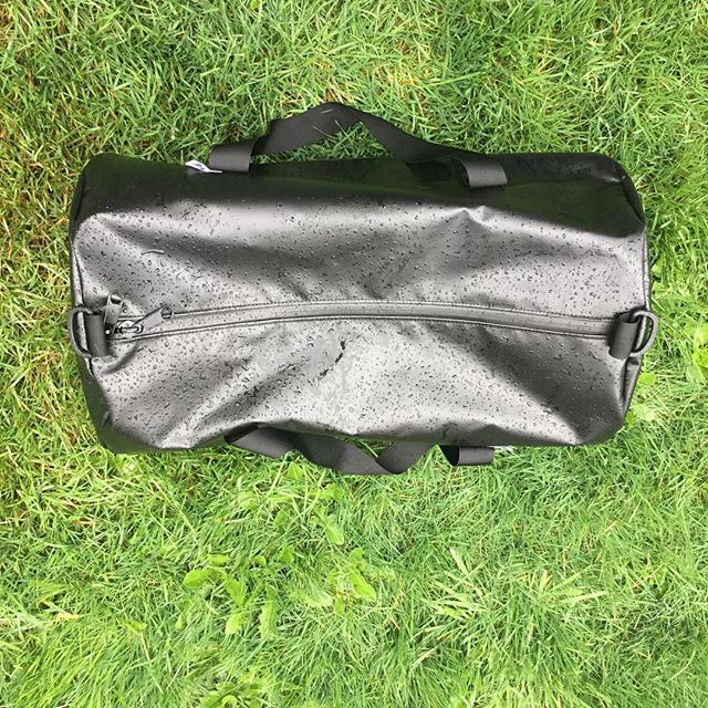 Modified duffel design. I didn't mean to leave it out in the rain, I just got sidetracked on my way out the door. I'm pretty sure everything will be ok.