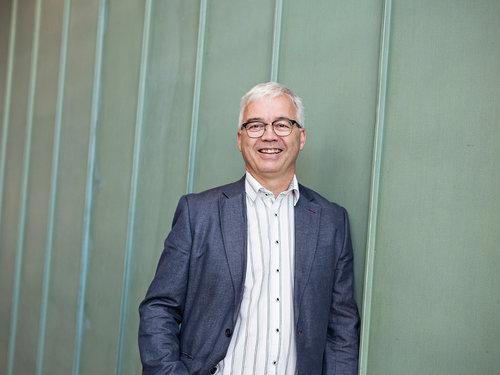 Sindre Rotevatn - Partner MRBSindre Rotevatn er partner i MRB. Han er utdannet siviløkonom og har bred erfaring fra bank/finans, industri og rådgivning.