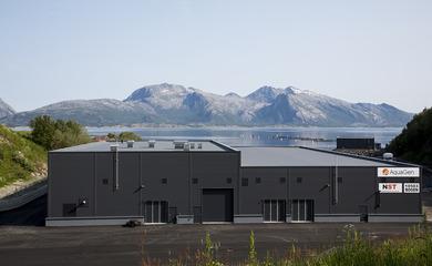 Nøkkelferdige anlegg - Artec Aqua har kunnskap og erfaring til å gjennomføre totalentreprise-prosjekter innen landbasert oppdrett.Artec Aqua var totalleverandør av et nytt stamfiskanlegg til Nordnorsk Stamfisk i Steigen i Nordland.Total investeringsramme var på ca. 170 millioner kroner.