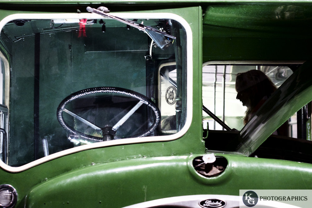 Green bus.jpg