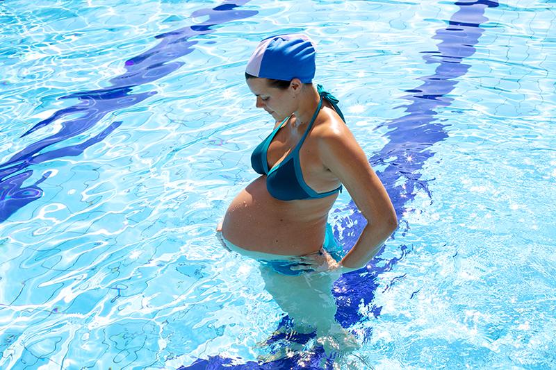 natacion-para-embarazas.jpg