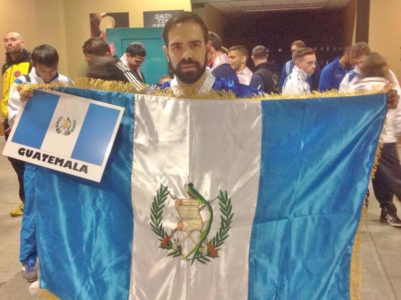 Foto-1-Andrés-García-atleta-de-kickboxing-que-forma-parte-del-Pro-Sport-Team-GNC..jpg