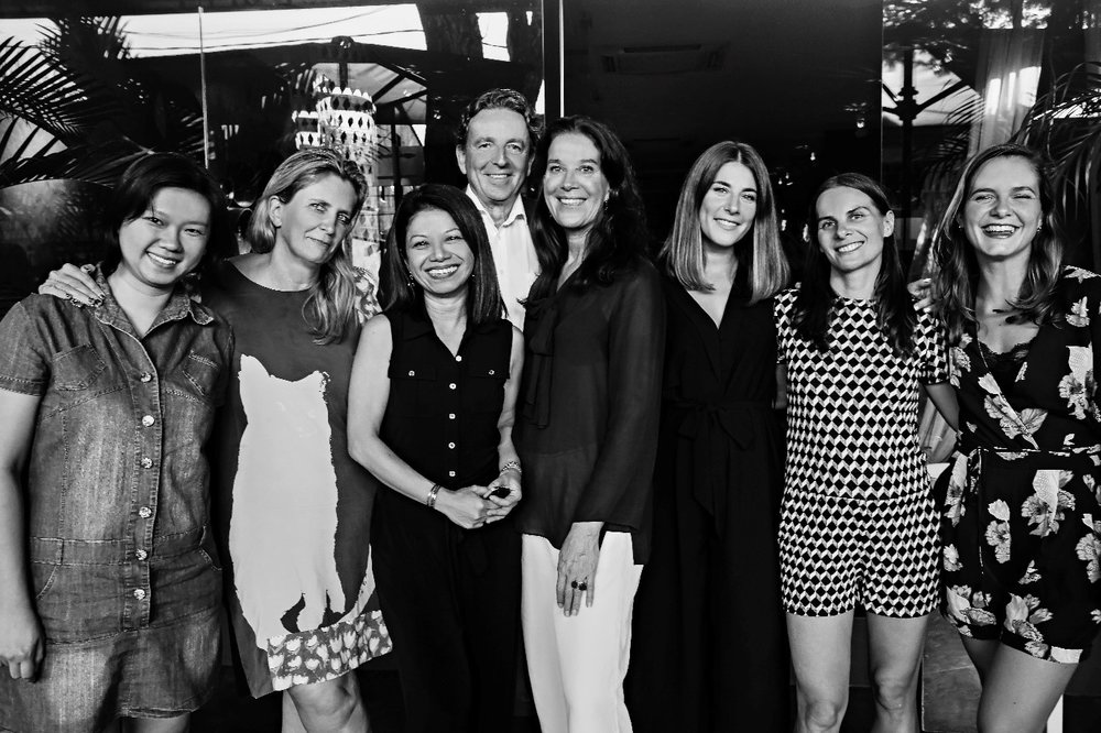 From left to right; Karen Yeaw Hui Hoon, Helene de Reboul, Fay Cabrera, Job van Hasselt, Gerardine Loggere, Holly Perdicou, Stephanie Duclos and Liselotte Hooghiemstra.