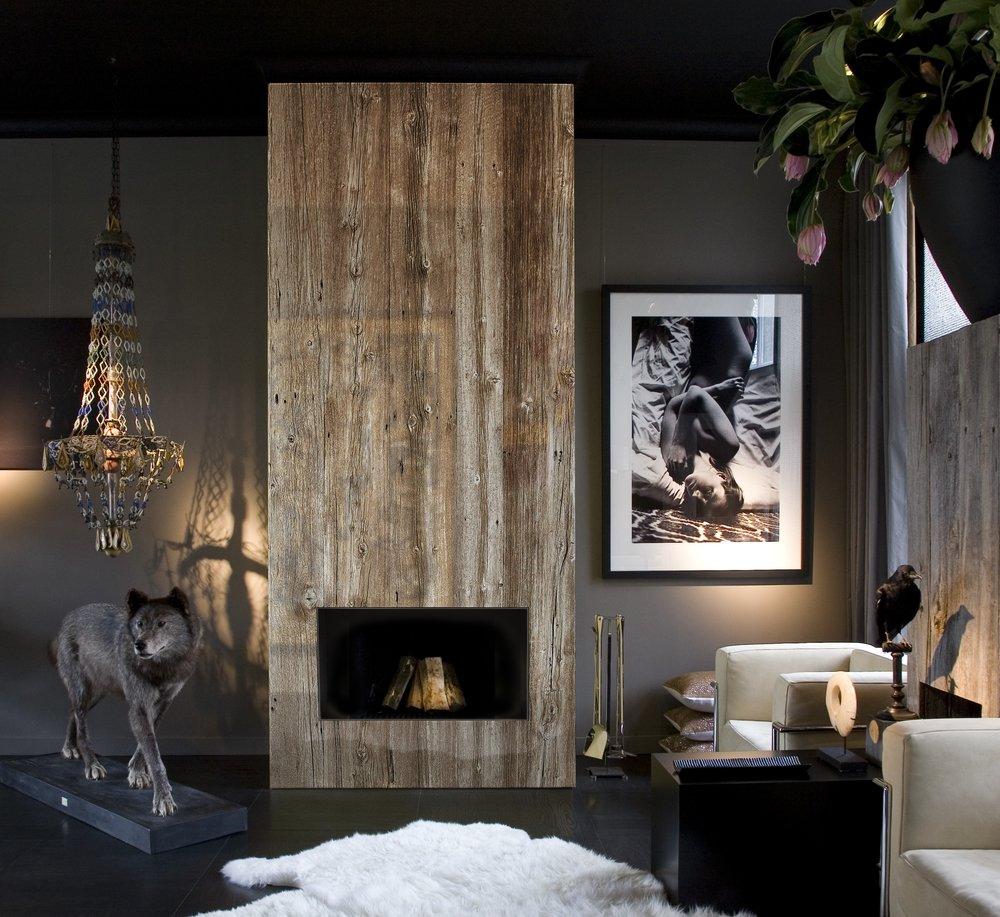 BITC wall panel in Iced Barn wood 01.jpg