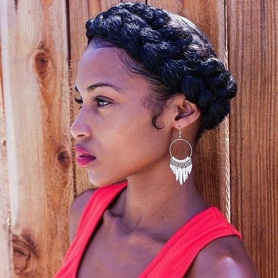 Check out my latest blog post for 4 easy hairstyles you can easily incorporate into your busy lives! - - - 📸 - please tag source! - - #naturalhairstyles #naturalhairupdo #updo #naturalhairblogger #naturallyshesdope #hairstyleinspo #lazynatural