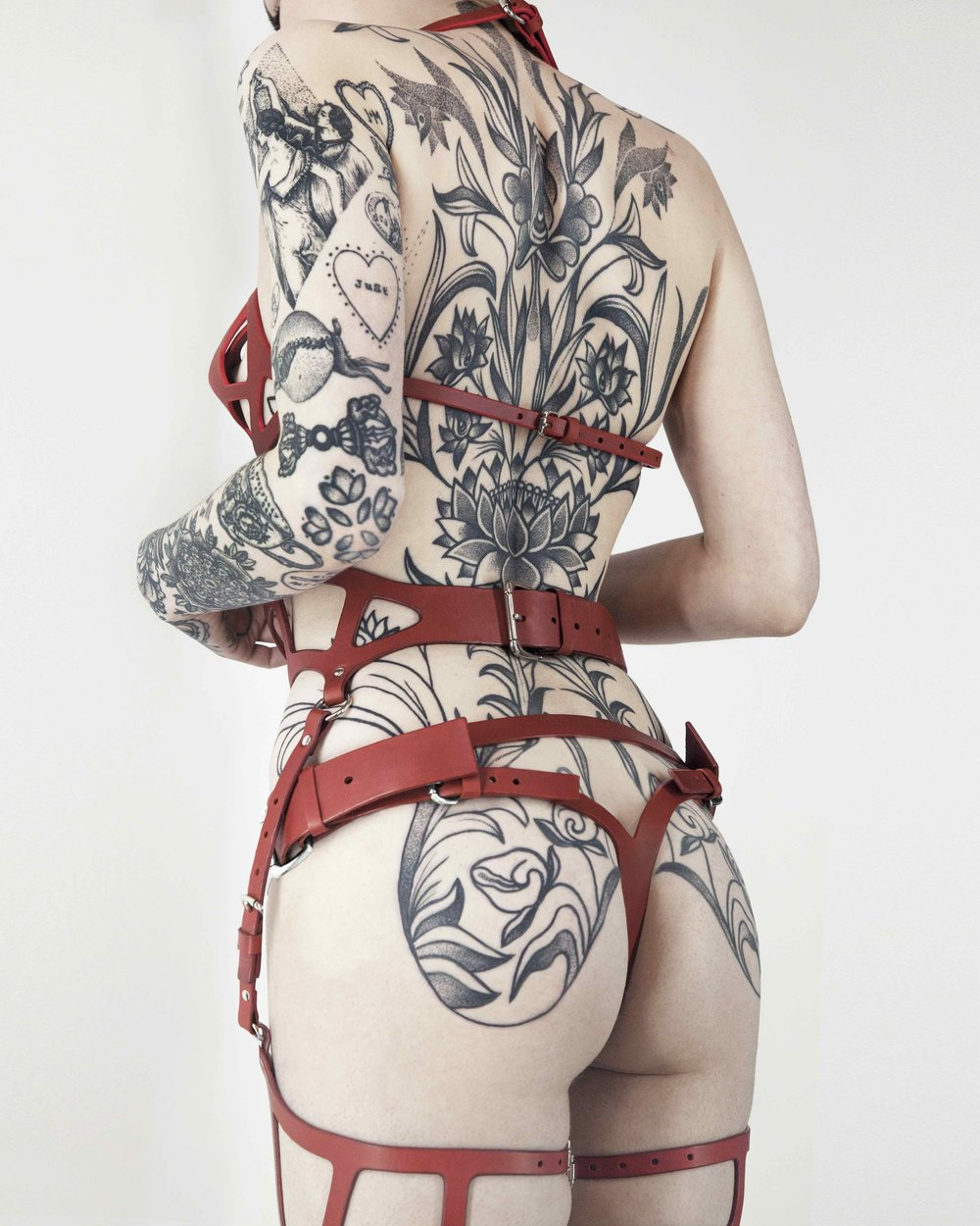 INTRODUCING / @JAYROSETATTOO WEARING THE TARGET BRA , CUT OUT KNICKERS AND CURVED CUT OUT SUSPENDER