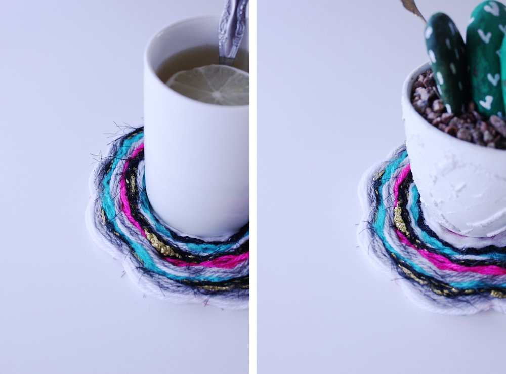 Easy to make round weaving that can be used as a coaster or beautiful table decoration. Full tutorial!