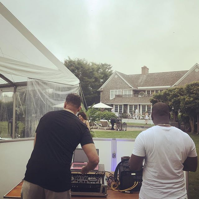 #Hamptons #privateevent w/ @djmiketbrown. It's going to be lit 🔥👍🏾
