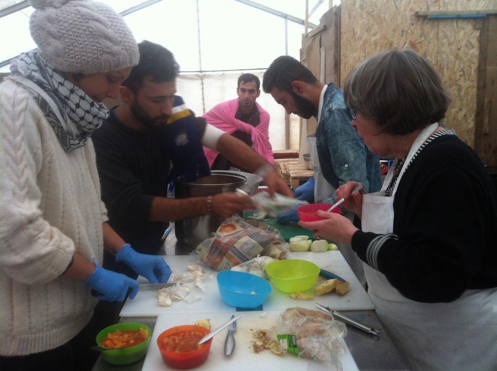 2015-cooking-together-ashram-kitchen.jpg