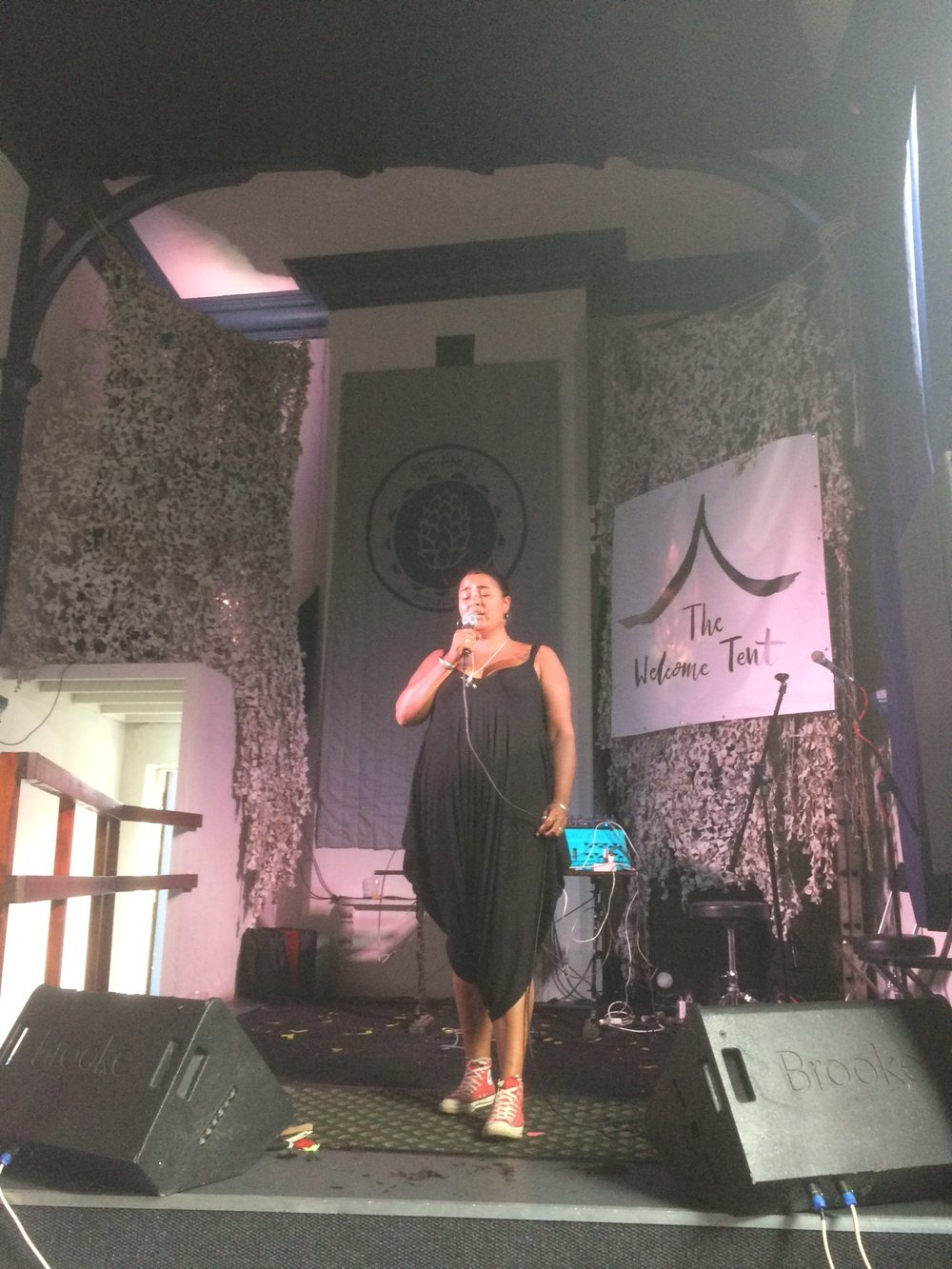 11-2017-august-chailarden-thewelcometent-nottingham-angel-humanKINDER.JPG