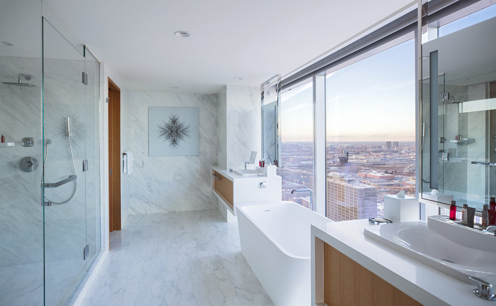 Marriott Marquis Chicago Presidential Suite Bathroom