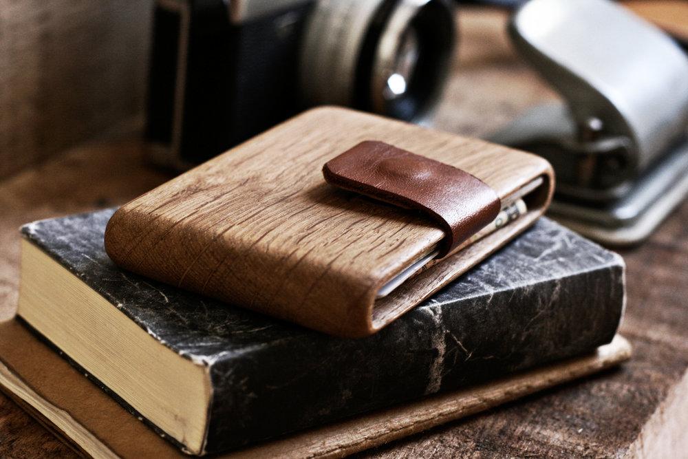oak_wallet_3.jpg