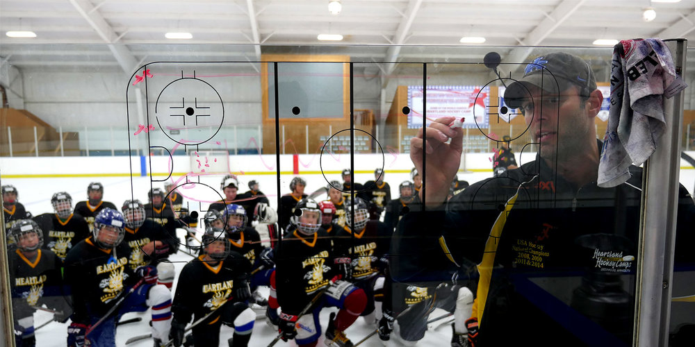 Hockey-Camp-Employment-Opportunities.jpg