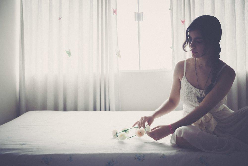 bedgirl.jpg