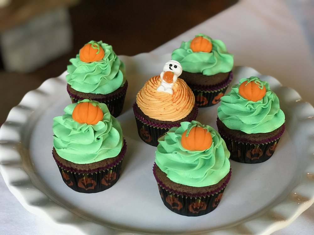Pumpkin Patch Cupcakes.jpeg