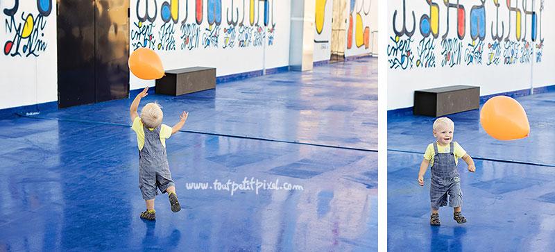Enfant-qui-joue-avec-un-ballon.jpg