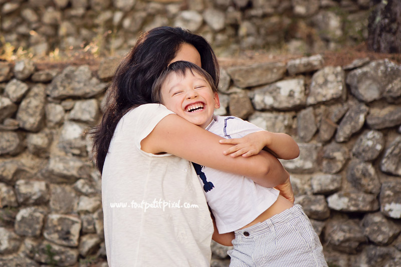 bonheur maman enfant