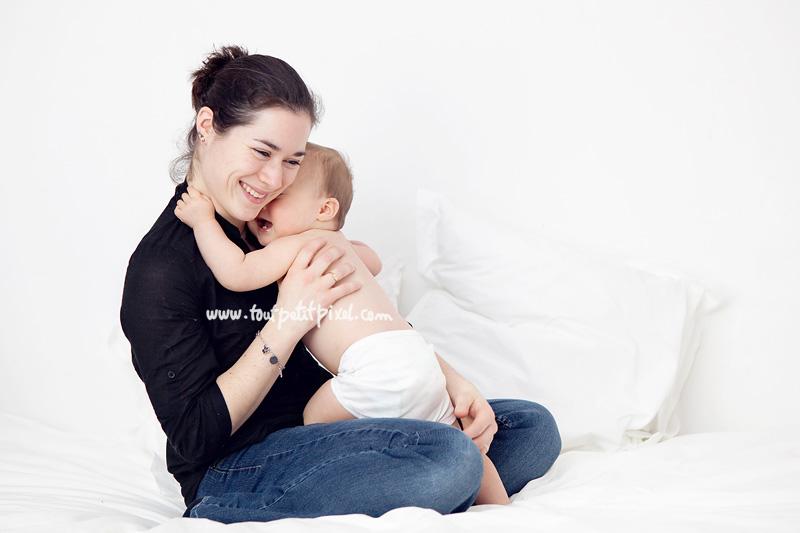 calin-maman-bebe2.jpg