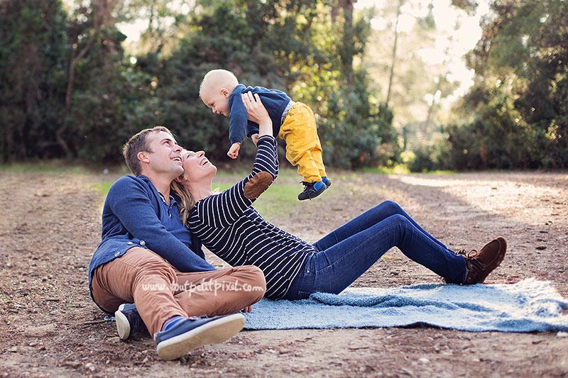 photo-bebe-famille-au-parc-marseille.jpg