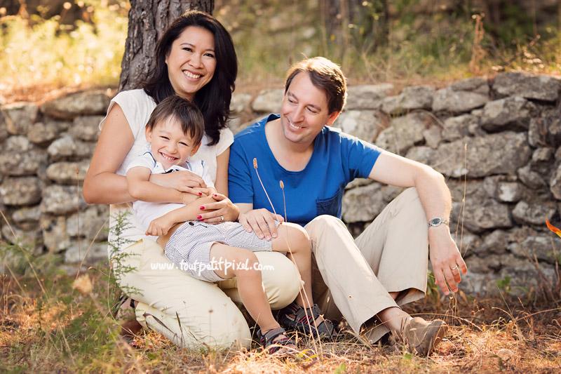 photo famille joyeuse