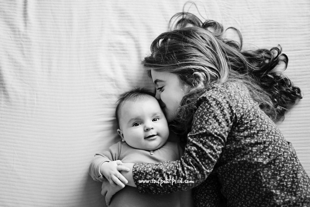 Bisou-bebe-grande-soeur.jpg