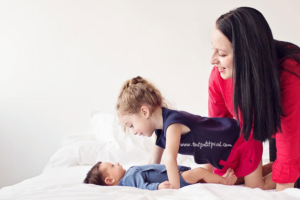 photo-maman-bebe-grande-soeur.jpg