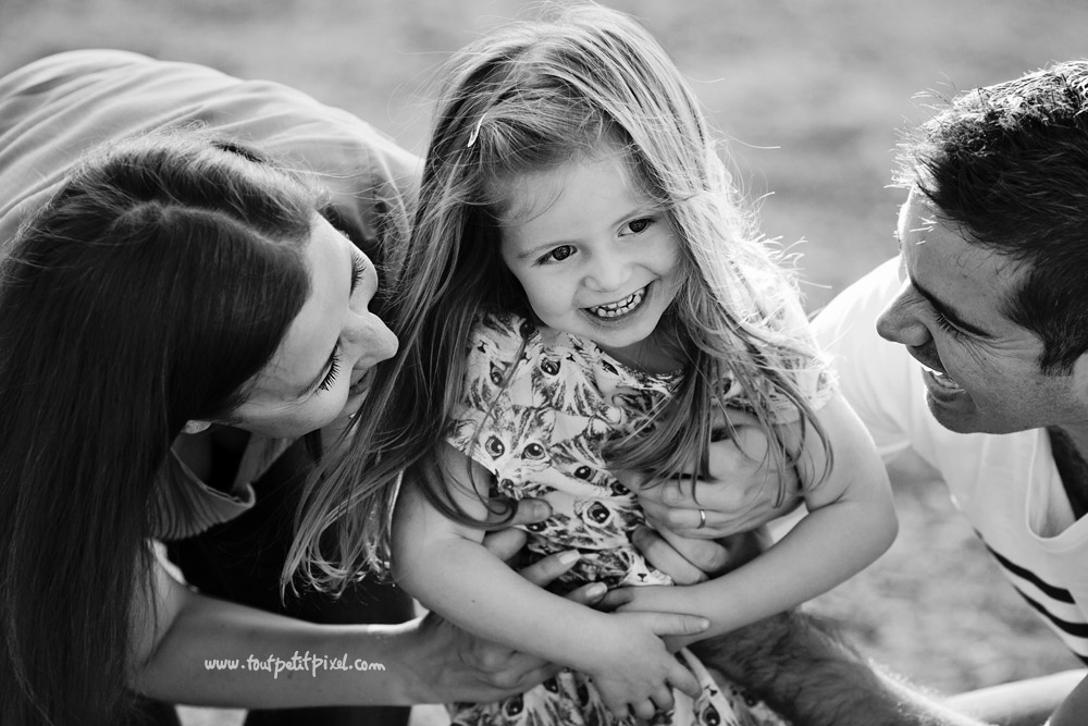 photographe-famille-marseille-exterieur.jpg