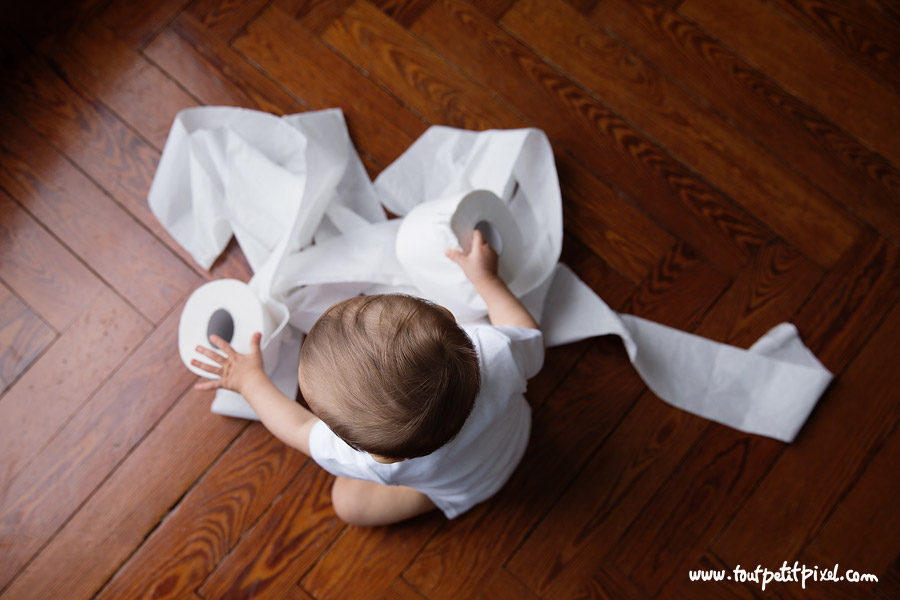 bebe-et-papier-toilettes.jpg