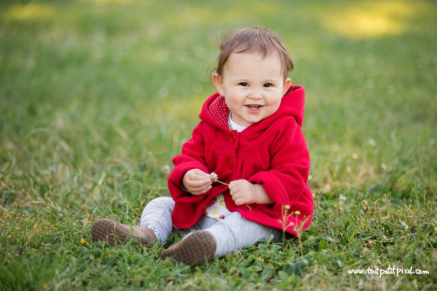portrait bébé au parc